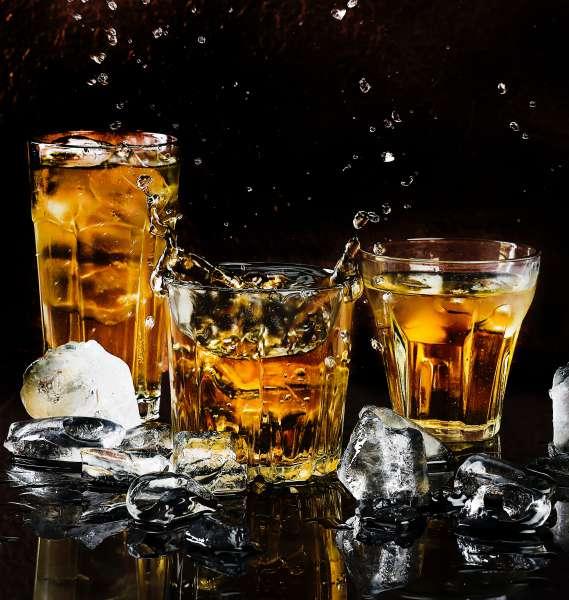 alcohol-alcoholic-beverage-bar